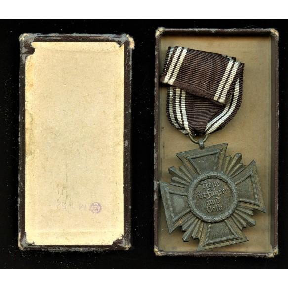 """NSDAP 10 year service medal + box by Deschler & Sohn München """"M1/52"""""""