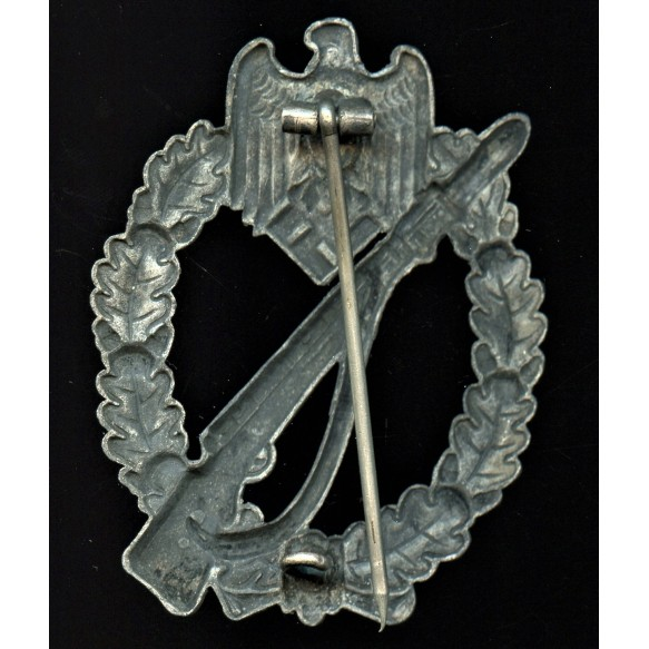 Infantry assault badge in silver by Gustav Brehmer, hollow variant