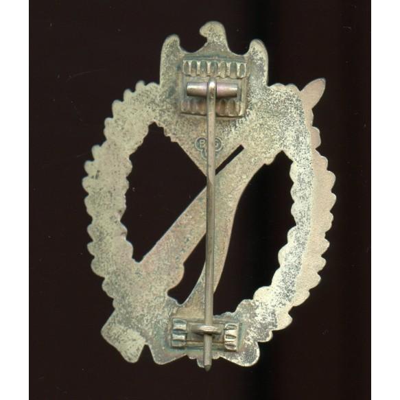 """Infantry assault badge in silver by Brüder Schneider A.G. """"BSW"""""""