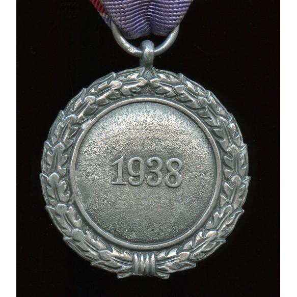 "Luftschutz medal by Foerster & Barth ""10"""