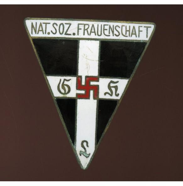 NSF woman membership pin, large variant