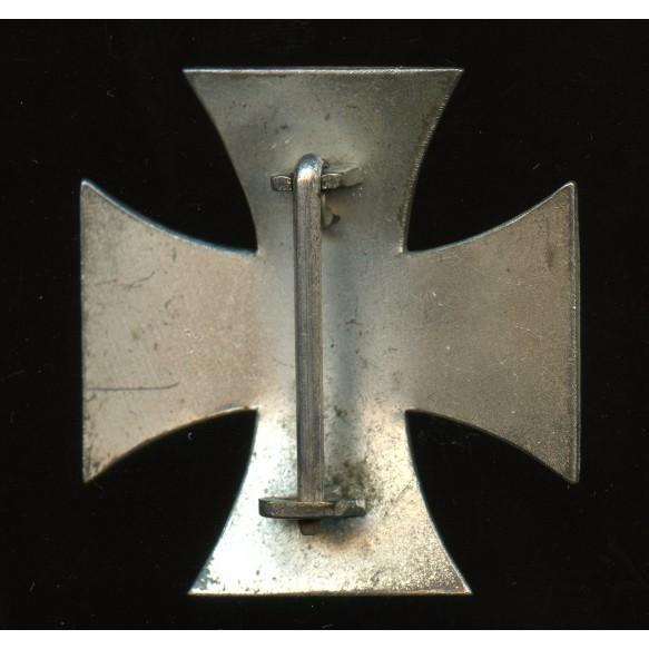 1914 Iron cross 1st class by Petz & Lorenz