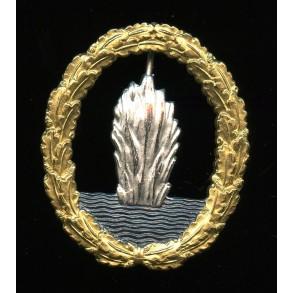 1957 Kriegsmarine minesweeper badge by Steinhauer & Lück