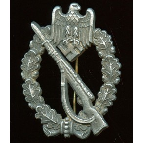 Infantry assault badge in silver by Funke & Brünninghaus
