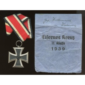 Iron cross 2nd class by Wilhelm Deumer + package
