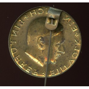1933 Adolf Hitler election promotion pin