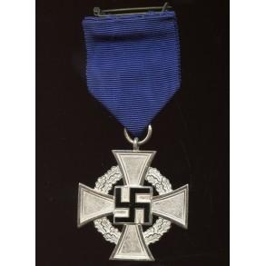 25 year civil service medal