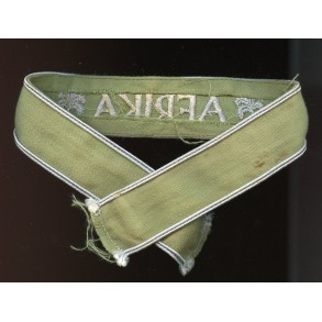 Afrika cuff title, green canvas variant