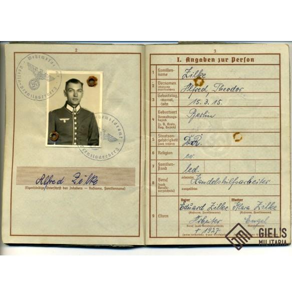 Wehrpass to A. Zilke, Polen, Belgium, France 1940 and Italy 1944