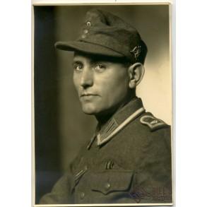 Portrait photo NCO mountain trooper