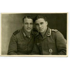 Portrait photo of 2 brothers, coastal artillerie and air gunner