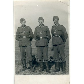 Portrait photo 3 men with freshly awarded EK2