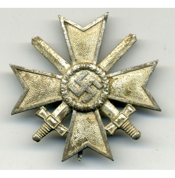 "War Merit Cross 1st class by C.E. Juncker ""L/12"""
