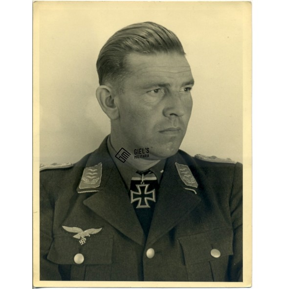 Private Knights Cross winner portrait Rudolf Mayr KG40