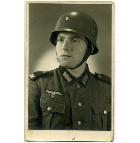 Portrait parade helmet in wear