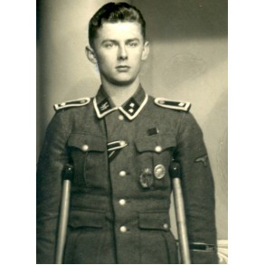 "Portrait decorated SS-Oberscharführer ""Das Reich"" with amputated foot 1942"
